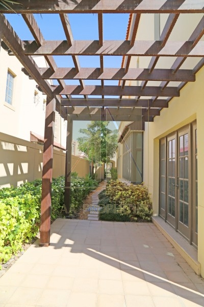 Flame Tree Ridge   Jumeirah Golf Estates   PICTURE11