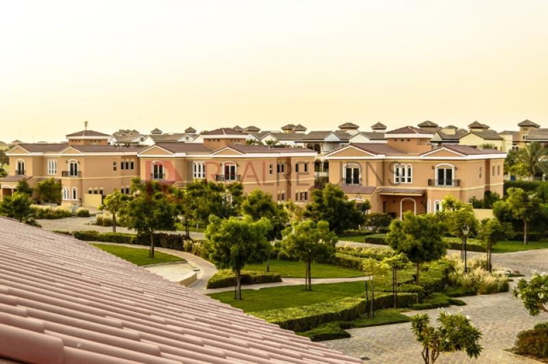 The Villa | Dubailand | PICTURE10