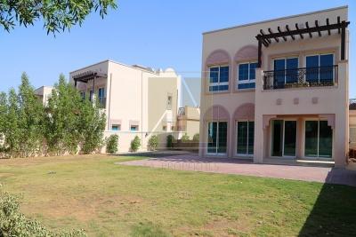http://www.sandcastles.ae/dubai/property-for-sale/villa/jvt---jumeirah-village-triangle/2-bedroom/arabian-villas/20/09/2015/villa-for-sale-AAP-S-3053/150863/