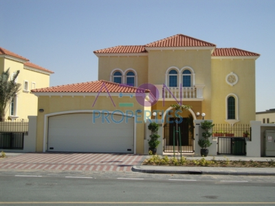 http://www.sandcastles.ae/dubai/property-for-sale/villa/jumeirah-park/3-bedroom/legacy-large/29/05/2015/villa-for-sale-AO-S-2049/143314/