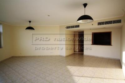 http://www.sandcastles.ae/dubai/property-for-sale/apartment/emirates-hills/3-bedroom/gr-links-east-t2/11/02/2015/apartment-for-sale-AP2963/133174/