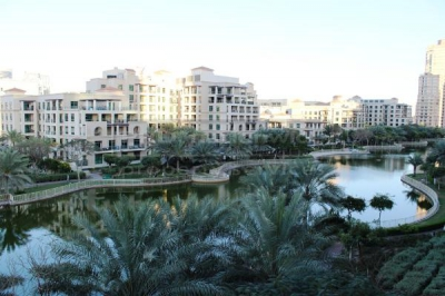http://www.sandcastles.ae/dubai/property-for-rent/apartment/emirates-hills/1-bedroom/the-links-canal-apartments/01/03/2015/apartment-for-rent-AP2997/137000/