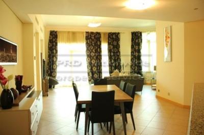 http://www.sandcastles.ae/dubai/property-for-rent/apartment/palm-jumeirah/3-bedroom/jash-falqa-shoreline-apartment/08/04/2015/apartment-for-rent-AP3022/140003/