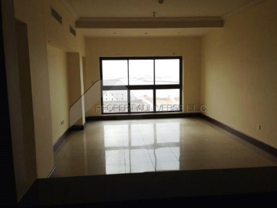 http://www.sandcastles.ae/dubai/property-for-rent/apartment/palm-jumeirah/2-bedroom/golden-mile-7/27/06/2015/apartment-for-rent-AP3805/145029/
