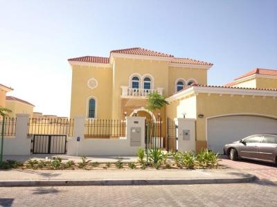 http://www.sandcastles.ae/dubai/property-for-sale/villa/jumeirah-park/3-bedroom/legacy-large/23/09/2014/villa-for-sale-CE-S-1777/124781/