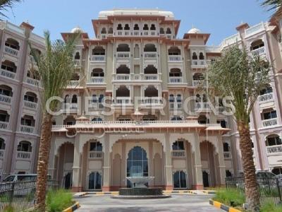 http://www.sandcastles.ae/dubai/property-for-sale/apartment/palm-jumeirah/2-bedroom/taj-grandeur-residences/09/09/2015/apartment-for-sale-CH-S-1615/150434/
