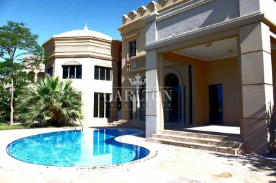 http://www.sandcastles.ae/dubai/property-for-rent/villa/palm-jumeirah/7-bedroom/signature-villas/29/10/2015/villa-for-rent-CRL-R-6981/154059/
