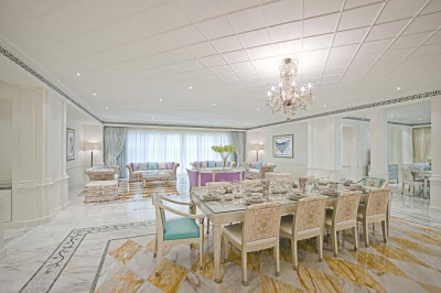 http://www.sandcastles.ae/dubai/property-for-rent/apartment/culture-village/2-bedroom/palazzo-versace/19/06/2014/apartment-for-rent-LIH-2124/111694/