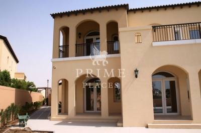 http://www.sandcastles.ae/dubai/property-for-rent/villa/jumeirah-golf-estates/5-bedroom/sienna-lakes/03/09/2015/villa-for-rent-PPL-R-1702/150222/