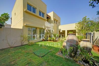 http://www.sandcastles.ae/dubai/property-for-rent/villa/meadows/5-bedroom/meadows/08/11/2015/villa-for-rent-PPL-R-1854/154601/