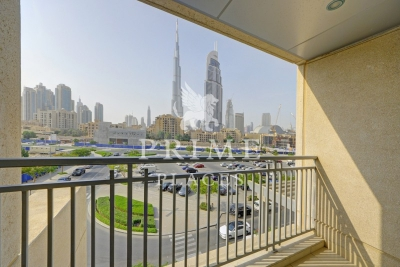http://www.sandcastles.ae/dubai/property-for-sale/duplex/downtown-burj-dubai/3-bedroom/burj-views-podium/28/10/2015/duplex-for-sale-PPL-S-2580/153982/