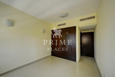 http://www.sandcastles.ae/dubai/property-for-sale/villa/sports-city/3-bedroom/gallery-villas/15/11/2015/villa-for-sale-PPL-S-2665/154955/