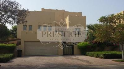 http://www.sandcastles.ae/dubai/property-for-sale/villa/the-lakes/7-bedroom/hattan/14/03/2015/villa-for-sale-PRE10458/138207/