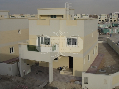 http://www.sandcastles.ae/dubai/property-for-rent/villa/jvc---jumeirah-village-circle/4-bedroom/jumeirah-village-circle/03/03/2015/villa-for-rent-PRE11009/137201/