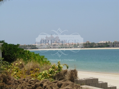 http://www.sandcastles.ae/dubai/property-for-sale/villa/palm-jumeirah/6-bedroom/signature-villas-frond-d/10/04/2015/villa-for-sale-PRE8909/140178/