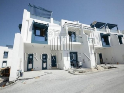 http://www.sandcastles.ae/dubai/property-for-rent/townhouse/palm-jumeirah/5-bedroom/palm-jumeirah/15/10/2015/townhouse-for-rent-PRV-R-2278/152561/