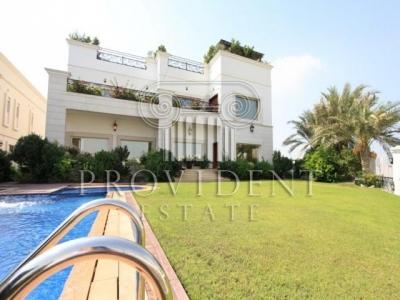 http://www.sandcastles.ae/dubai/property-for-rent/villa/emirates-hills/6-bedroom/villas/15/10/2015/villa-for-rent-PRV-R-2292/152745/