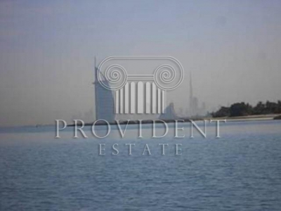 http://www.sandcastles.ae/dubai/property-for-rent/townhouse/palm-jumeirah/5-bedroom/palm-jumeirah/15/10/2015/townhouse-for-rent-PRV-R-2367/152555/