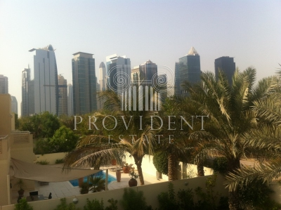 http://www.sandcastles.ae/dubai/property-for-rent/villa/meadows/5-bedroom/meadows-phase-9/15/10/2015/villa-for-rent-PRV-R-2752/152392/