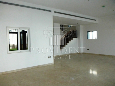 http://www.sandcastles.ae/dubai/property-for-rent/townhouse/palm-jumeirah/5-bedroom/palm-jumeirah/06/11/2015/townhouse-for-rent-PRV-R-2938/154479/