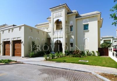 http://www.sandcastles.ae/dubai/property-for-rent/villa/al-furjan/5-bedroom/al-furjan/08/11/2015/villa-for-rent-PRV-R-2987/154623/