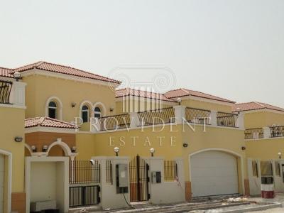 http://www.sandcastles.ae/dubai/property-for-rent/villa/jumeirah-park/4-bedroom/legacy/20/11/2015/villa-for-rent-PRV-R-3049/155158/