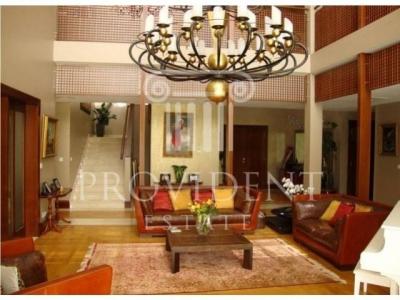 http://www.sandcastles.ae/dubai/property-for-sale/villa/emirates-hills/5-bedroom/villas/15/10/2015/villa-for-sale-PRV-S-2804/152737/