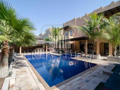 http://www.sandcastles.ae/dubai/property-for-sale/villa/the-lakes/5-bedroom/hattan/15/10/2015/villa-for-sale-PRV-S-2808/153242/