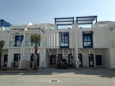 http://www.sandcastles.ae/dubai/property-for-sale/townhouse/palm-jumeirah/5-bedroom/palm-jumeirah/15/10/2015/townhouse-for-sale-PRV-S-3837/152552/