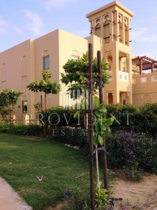 http://www.sandcastles.ae/dubai/property-for-sale/villa/al-furjan/3-bedroom/al-furjan/04/11/2015/villa-for-sale-PRV-S-4723/154365/