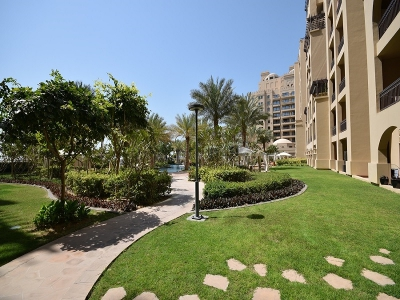 http://www.sandcastles.ae/dubai/property-for-sale/apartment/palm-jumeirah/1-bedroom/the-fairmont--north-residence/15/11/2015/apartment-for-sale-PRV-S-4763/154943/