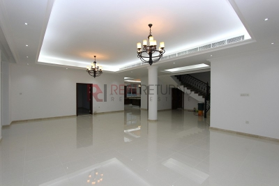 http://www.sandcastles.ae/dubai/property-for-rent/villa/dubailand/5-bedroom/the-villa/22/11/2015/villa-for-rent-RR-R-2037/155276/
