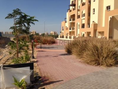 http://www.sandcastles.ae/dubai/property-for-sale/apartment/dubailand/studio/al-thammam/31/08/2015/apartment-for-sale-RR-S-2015/150067/