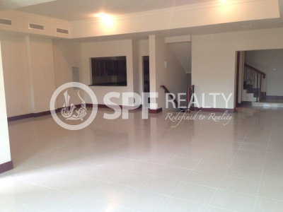 http://www.sandcastles.ae/dubai/property-for-rent/townhouse/palm-jumeirah/4-bedroom/golden-mile-1/11/04/2015/townhouse-for-rent-SF-R-8385/140261/