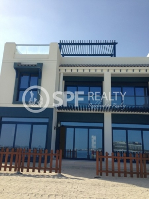 http://www.sandcastles.ae/dubai/property-for-rent/villa/palm-jumeirah/5-bedroom/palm-jumeirah/08/10/2015/villa-for-rent-SF-R-9062/151342/