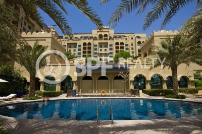 http://www.sandcastles.ae/dubai/property-for-sale/townhouse/palm-jumeirah/3-bedroom/fairmont-palm-residence/29/04/2015/townhouse-for-sale-SF-S-16369/141447/