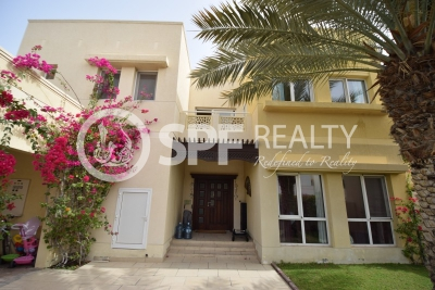 http://www.sandcastles.ae/dubai/property-for-sale/villa/meadows/5-bedroom/meadows-phase-2/08/11/2015/villa-for-sale-SF-S-18766/154600/