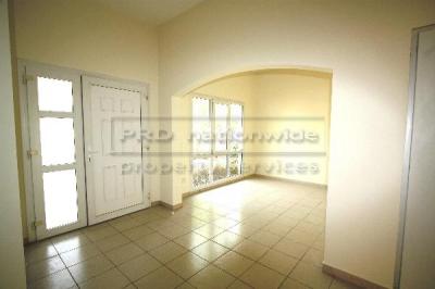 http://www.sandcastles.ae/dubai/property-for-sale/villa/emirates-hills/3-bedroom/meadows-phase-1/14/08/2014/villa-for-sale-VI2548/121624/