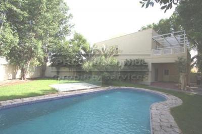 http://www.sandcastles.ae/dubai/property-for-sale/villa/emirates-hills/4-bedroom/meadows-phase-1/28/08/2014/villa-for-sale-VI2586/122778/
