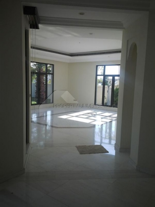 http://www.sandcastles.ae/dubai/property-for-rent/villa/palm-jumeirah/6-bedroom/signature-villas-frond-d/14/03/2015/villa-for-rent-VI3328/138156/