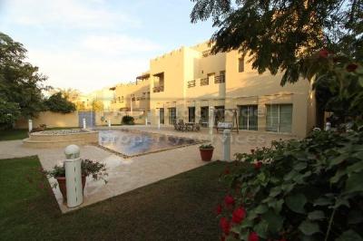 http://www.sandcastles.ae/dubai/property-for-sale/villa/emirates-hills/7-bedroom/hattan/14/10/2014/villa-for-sale-VI336/126402/