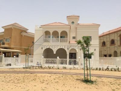 http://www.sandcastles.ae/dubai/property-for-rent/villa/dubailand/5-bedroom/the-villa/20/05/2015/villa-for-rent-VI3657/142775/
