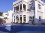 http://www.sandcastles.ae/dubai/property-for-rent/villa/umm-suqeim/6-bedroom/umm-suqeim-2/12/11/2015/villa-for-rent-SF-R-9378/154782/